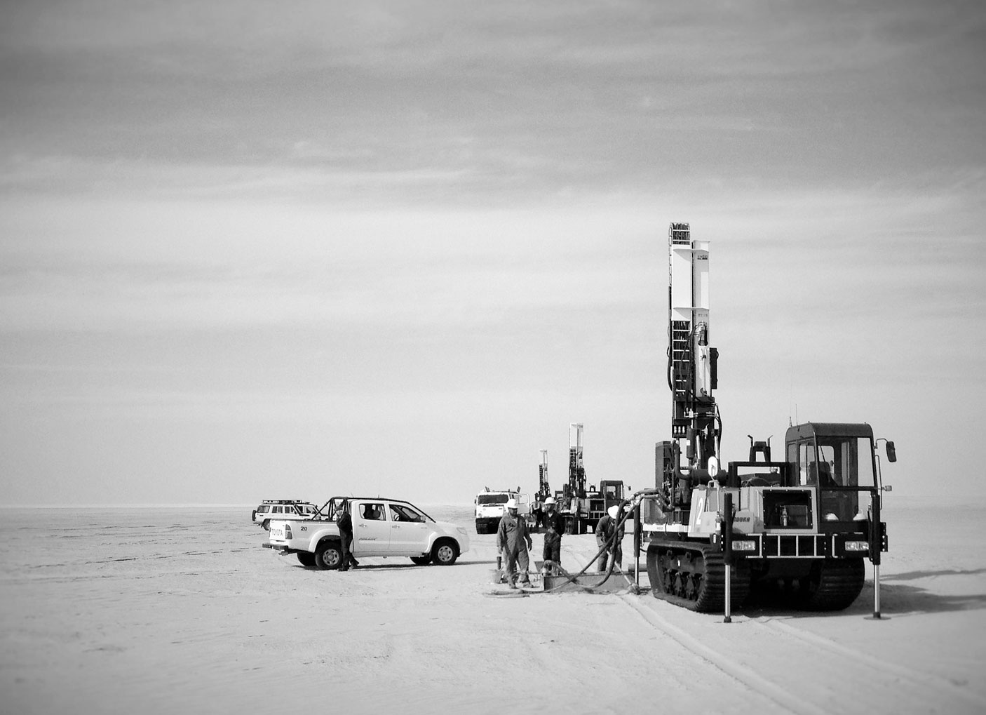 EMCI collabore avec de nombreux acteurs GÉOTECHNIQUE ET ENVIRONNEMENT Bureaux d'études et entreprises de forage EXPLORATION PÉTROLIÈRE Compagnie de prospection ou encore compagnies pétrolières qui assurent leurs études en internes ASSISTANCE À LA MISE EN ROUTE / FORMATION