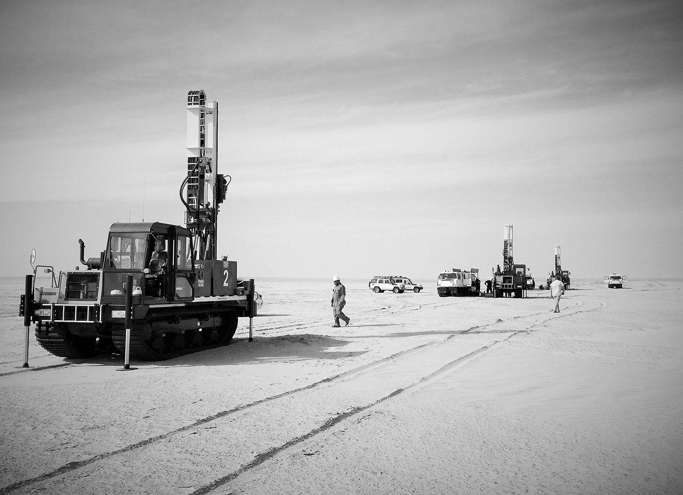 Constructeur de machines de forage, EMCI propose une large gamme de foreuses. Les machines conçues par EMCI, s'adressent aux professionnels intervenant dans les domaines de la géotechnique, de la géophysique et de l'environnement. Découvrez notre histoire.